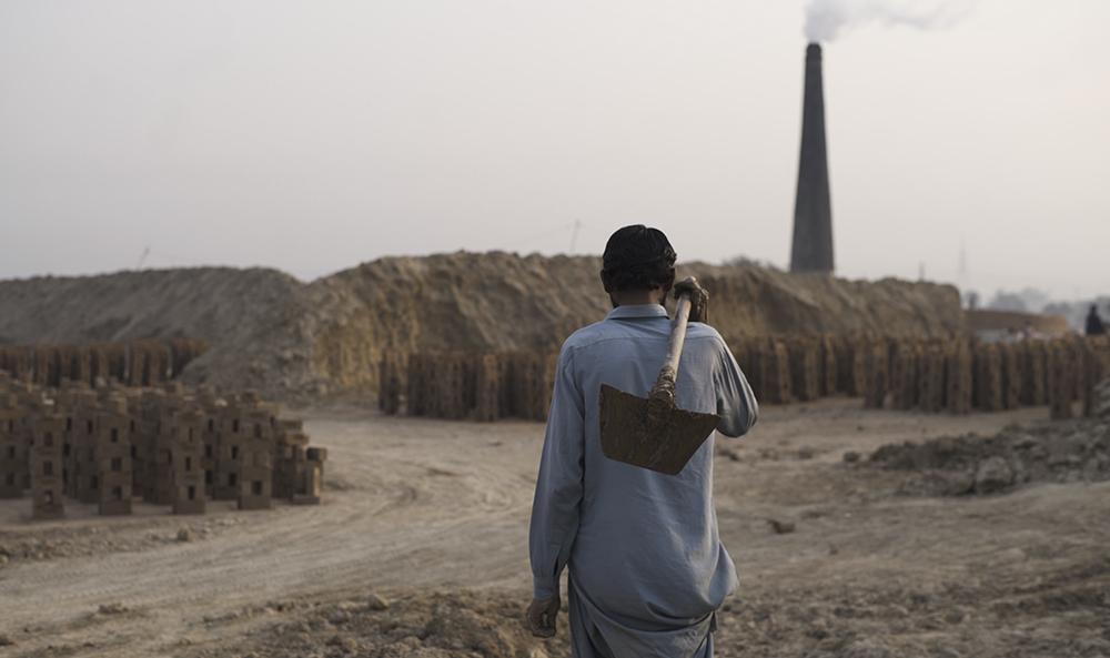 Promoting Decent Work in Pakistan's Brick Kilns